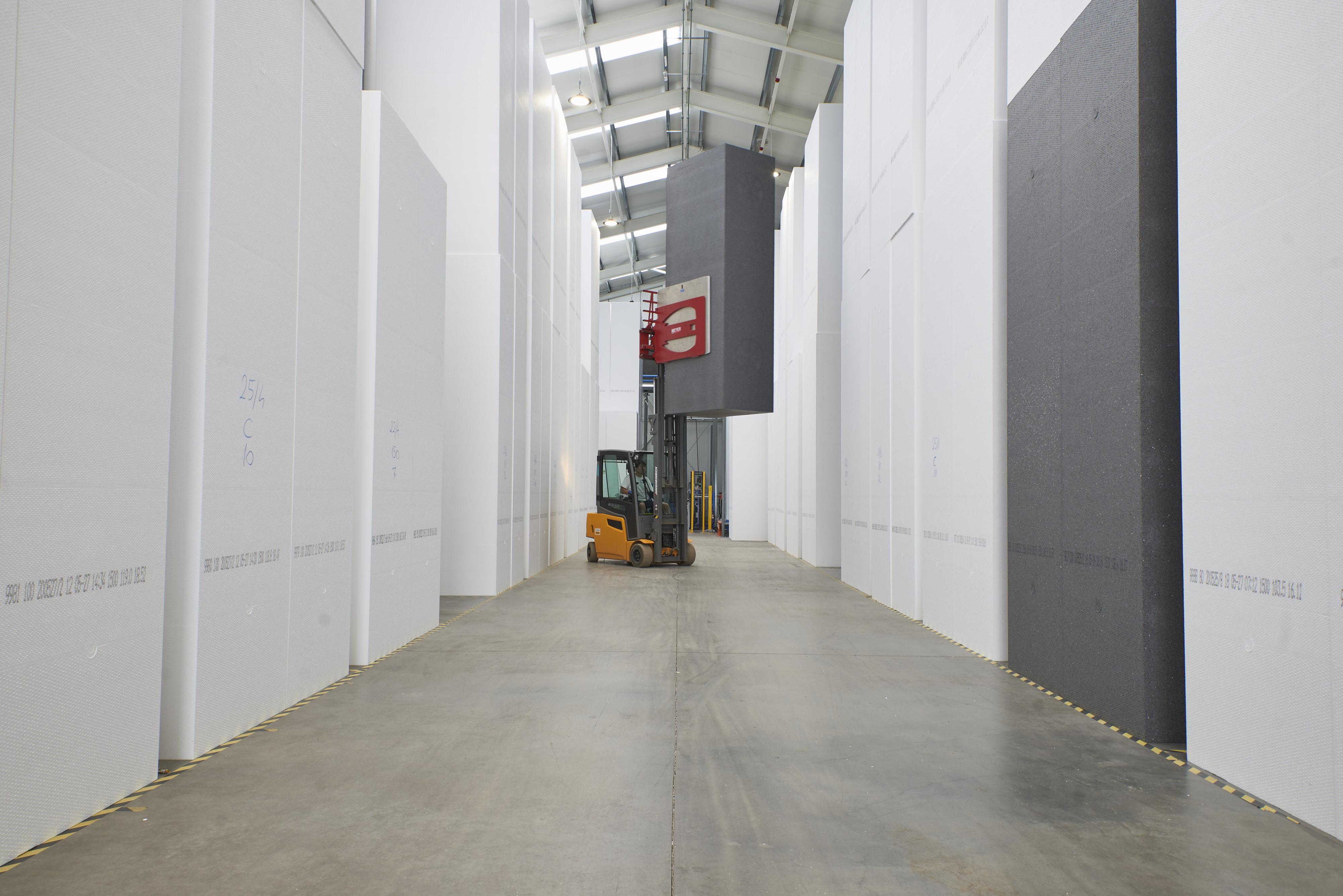 Nagyot fejlődött a CARBOLAND EPS hőszigető anyag gyárunk